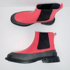 Camper Pix Chelsea Boot. Sz 8 and 9